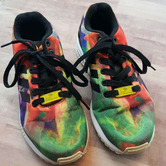 100% authentic 4a676 088c1 Adidas ZX FLUX Torsion tie dye sneaker 5.5
